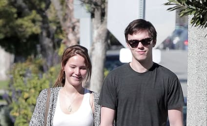 Jennifer Lawrence, Nicholas Hoult Break Up!