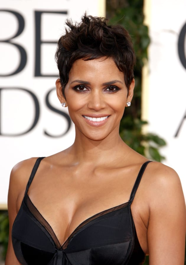 Happy 48th Birthday Halle Berry The Hollywood Gossip