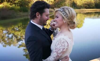 Kelly Clarkson's Mother Gushes Over Newlywed: What a Bride!