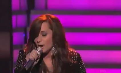 """Skylar Laine Brings """"Gunpowder and Lead"""" to American Idol"""