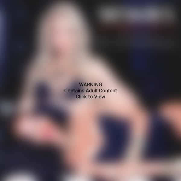 Shakira and Rihanna Duet Pic