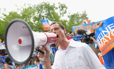 Anthony Weiner: Facing Jail Time For Sexting A Minor?