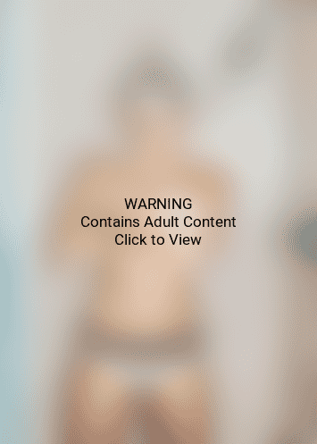 Miley Cyrus Topless Pic