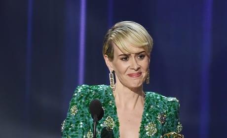 Sarah Paulson Emmy 2016 Win