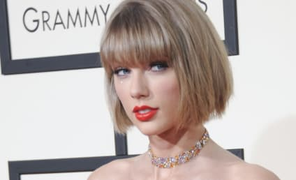 """Taylor Swift is """"The Living Embodiment of White Privilege,"""" Journalist Argues"""