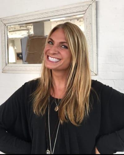 Heather Thomson Smiles on Instagram
