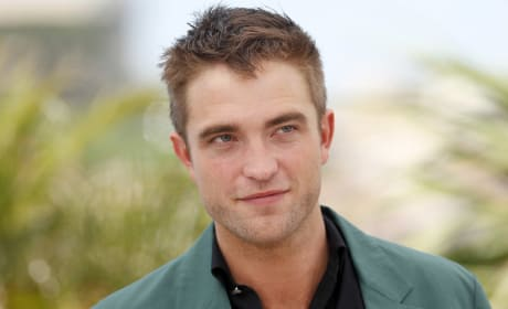 Robert Pattinson Cannes Photo