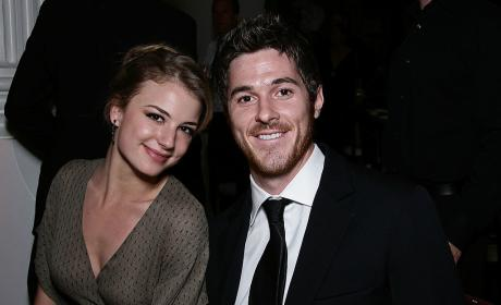 Emily VanCamp and Dave Annable Photo