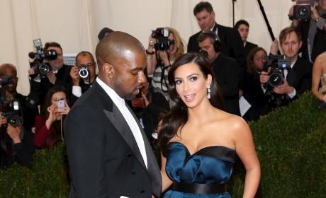 Kim Kardashian Leg Reveal