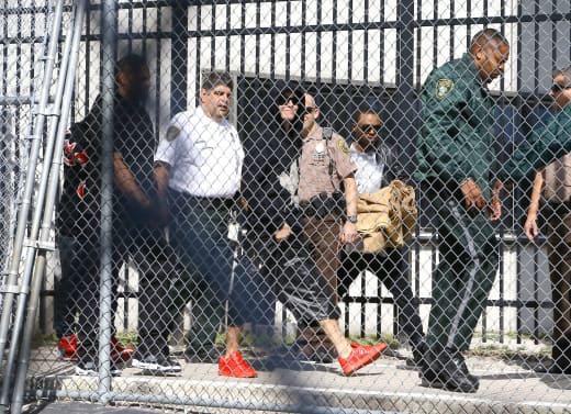 Justin Bieber Exits Jail