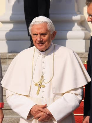 Joseph Auto Group >> Susan Sarandon on Pope Benedict XVI: Nazi! - The Hollywood Gossip