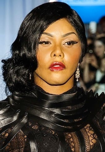 Lil Kim Plastic Surgery Rep Slams Quot Physically Distorted