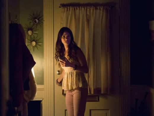 Seline Is Scared on The Vampire Diaries Season 8 Episode 1