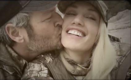 Blake Shelton Can't Stop Kissing Gwen Stefani