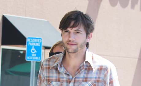 Picture of Ashton Kutcher