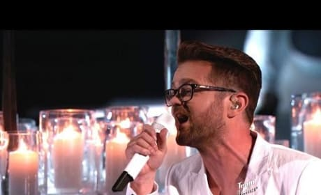 Josh Kaufman - Set Fire to the Rain (The Voice)