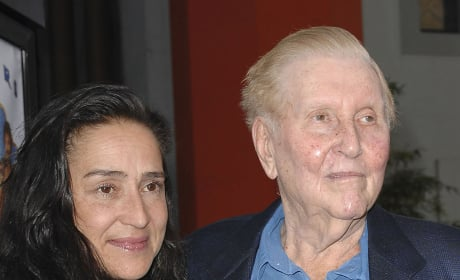 Sumner Redstone And Paula Fortunato Photo