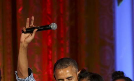 Barack & Malia Obama Pic