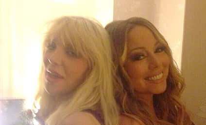 Mariah Carey, Courtney Love Pose For Random, Epic Selfie