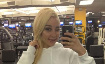 Amanda Bynes Loves Drake, Tweeting Pics of Herself at the Gym