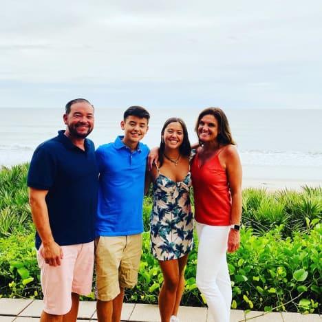 Jon Gosselin in Florida with Collin Gosselin, Hannah Gosselin, and Colleen Conrad