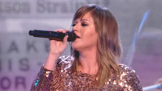 Kelly Clarkson on The X Factor