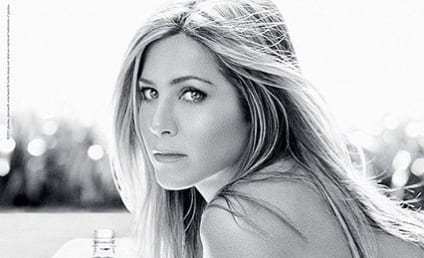 Jennifer Aniston: Topless For Smartwater!