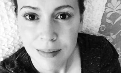 "Alyssa Milano Posts Breastfeeding Photo, Celebrates ""The Joy of Suckling"""