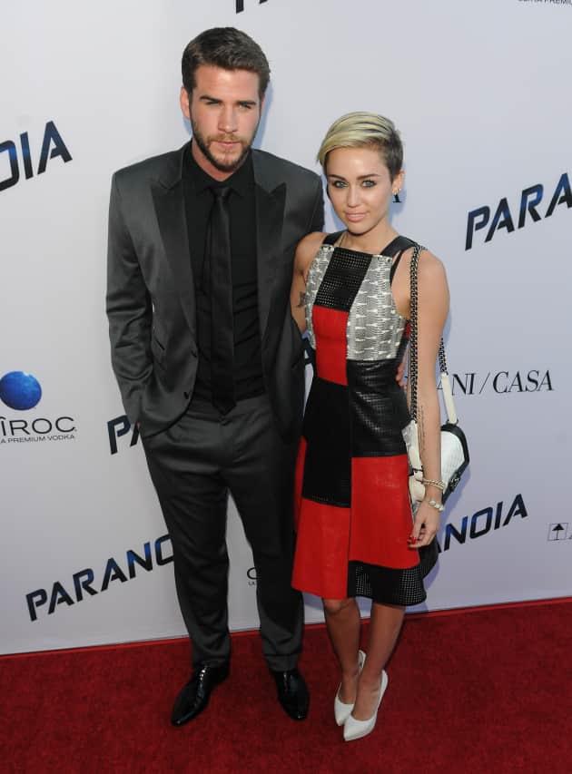 Miley Cyrus and Liam Hemsworth Image