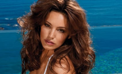 Kelly Brook Nude: Coming to Playboy!