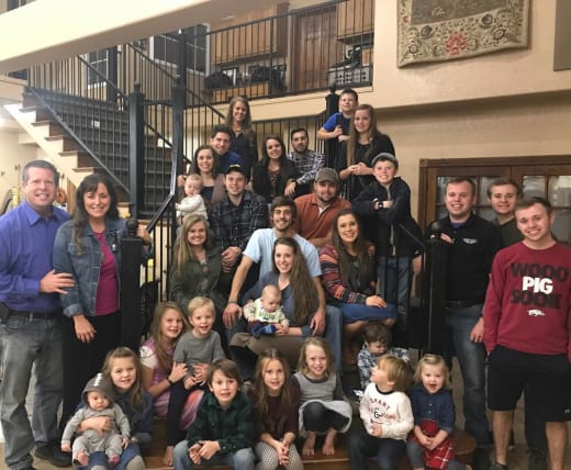 Duggar Thanksgiving Photo 2017
