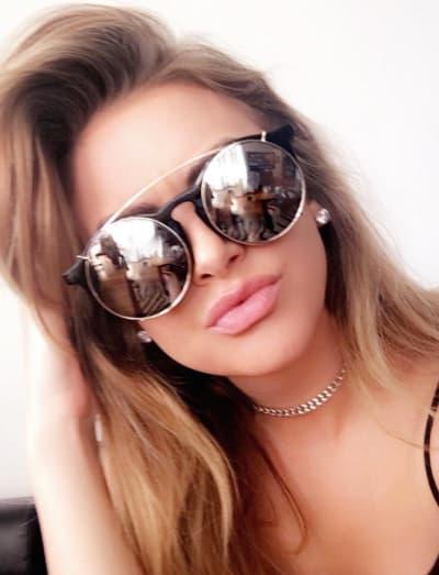 Lala Kent Selfie