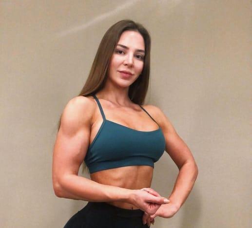 Anfisa Nava Bashes Body-Shamers: My Muscles ARE Feminine!