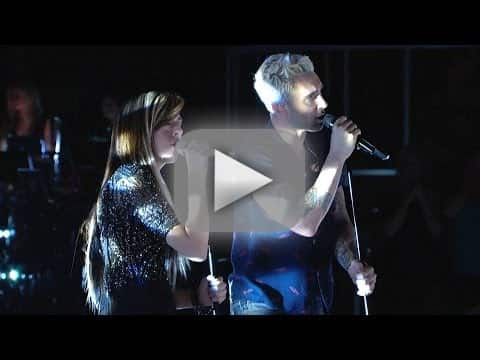 Christina Grimmie and Adam Levine - Somebody That I Used to Know (The Voice)