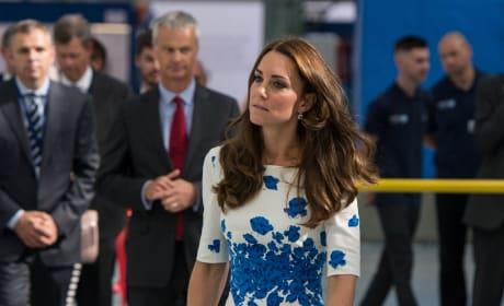 Kate Middleton Bandaged Thumb