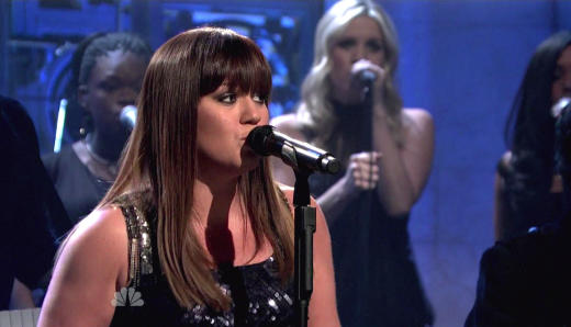 Kelly Clarkson on SNL