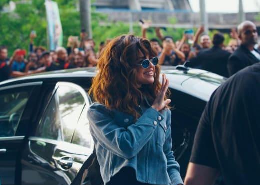 Selena Gomez with Wavy Hair