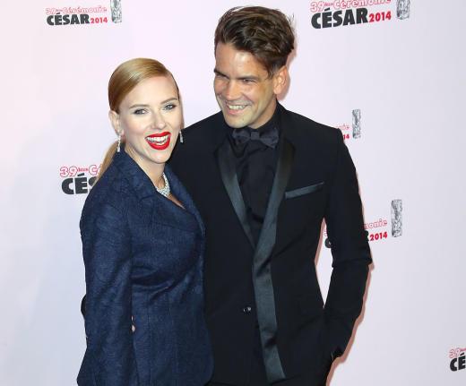 Scarlett Johansson and Romain Dauriac Photo
