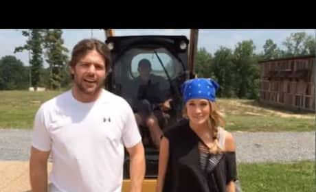 Carrie Underwood Accepts Ice Bucket Challenge