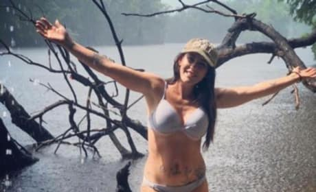 Jenelle Evans Responds to Hurricane Backlash: All Y'all Haters Can Suck on This!! [UPDATED]