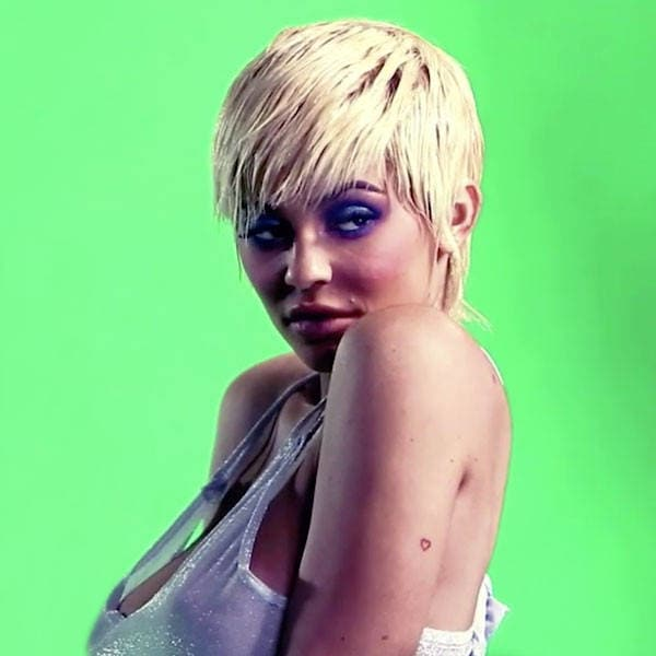 Kylie Jenner in Front of a Green Screen