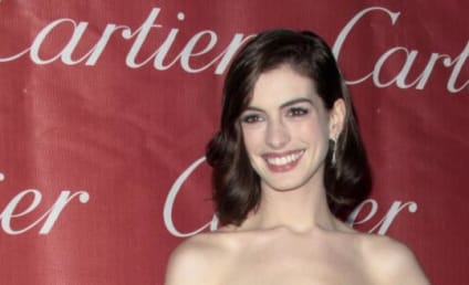 Anne Hathaway Cast as Catwoman in The Dark Knight Rises