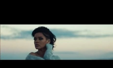 Rihanna - Diamonds (Official Music Video)