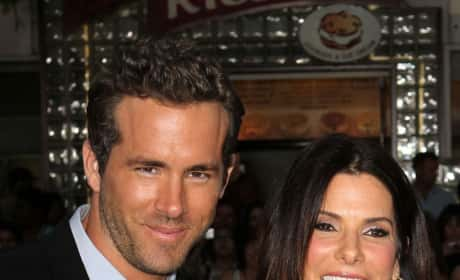 Sandra Bullock and Ryan Reynolds Picture