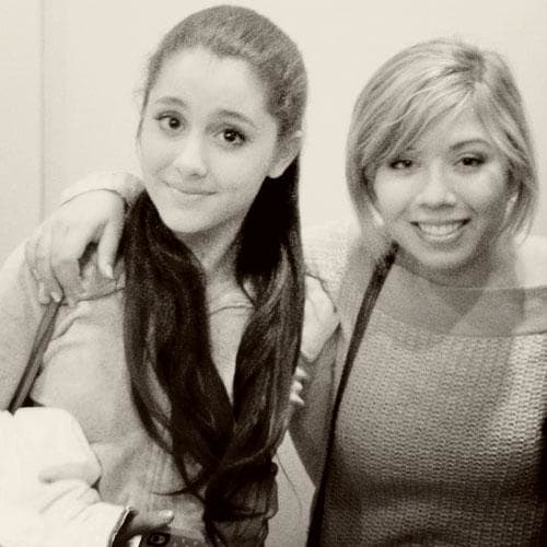 Jennette McCurdy and Ariana Grande Pic