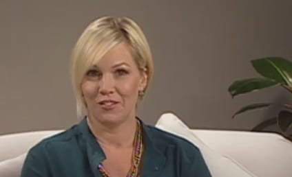 Jennie Garth Speaks on Migraines, Chooses a Twilight Saga Team