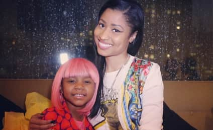 Nicki Minaj Visits Young Cancer Patient, Gives Girl Pink Wig
