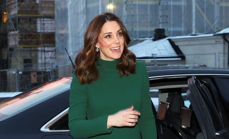 Kate Middleton is Very Pregnant