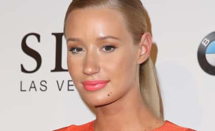 Iggy Azalea-Snoop Dogg Feud Heats Up; Snoop's Crew Threatens to Sic Nicki Minaj on Iggy!