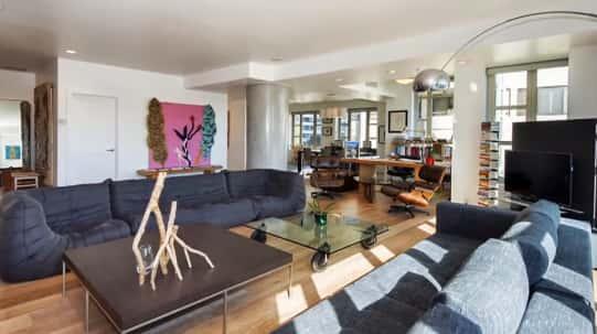 Kendall Jenner Living Room Photo